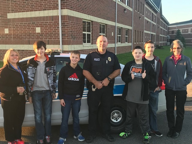 Orwell PD Works with Students at GVMS